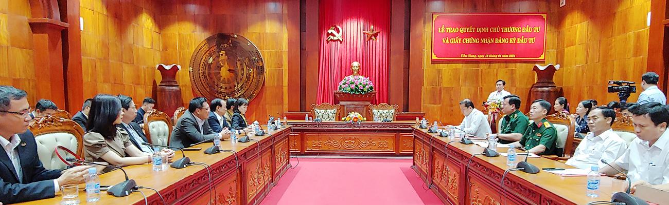 Lễ trao Quyết định chủ trương đầu tư và Giấy chứng nhận đăng ký đầu tư dự án Nhà máy điện gió Tân Phú Đông 1 và Nhà máy điện gió Tân Phú Đông 2